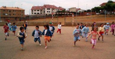 niños corriendo gimnasia